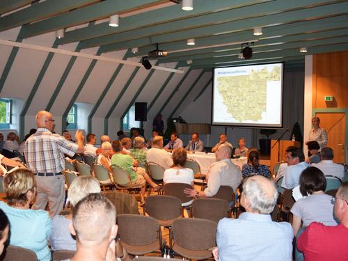 Foto Öffentliche Fragen Forum