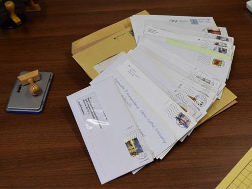 Foto Briefumschläge Stellungnahmen