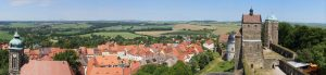 Blick von Burg Stolpen auf die Stadt und das Umland